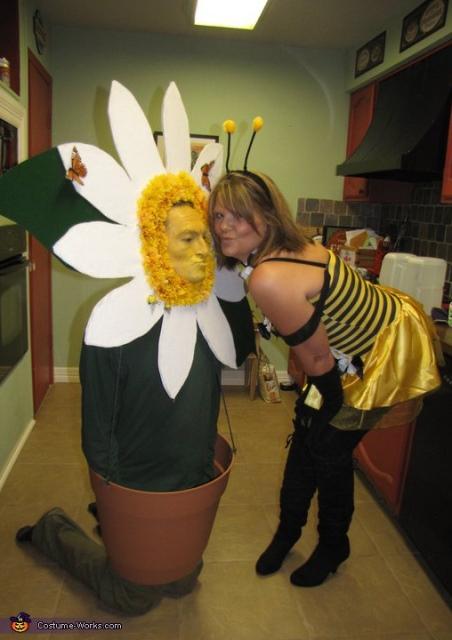 couple daisy and bee