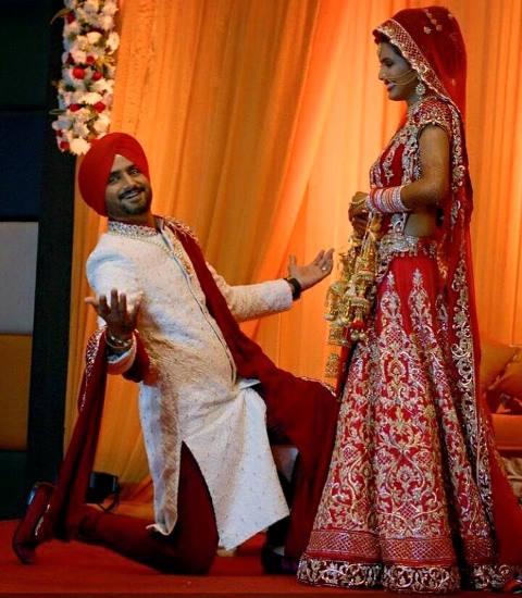 harbhajan singh and geeta basra at their wedding ceremony2