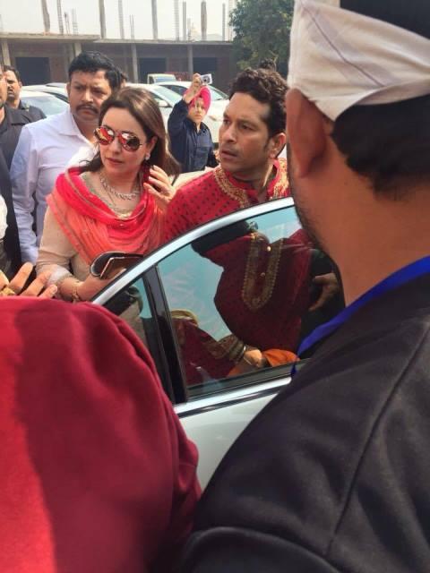 sachin tendulkar and wife anjali at harbhajan singh's wedding ceremony