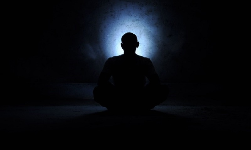 meditation-in-dark