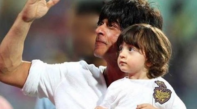 shahrukh khan and abram khan