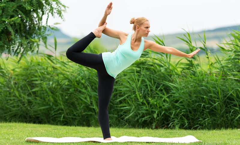 yoga pose_New_Love_Times