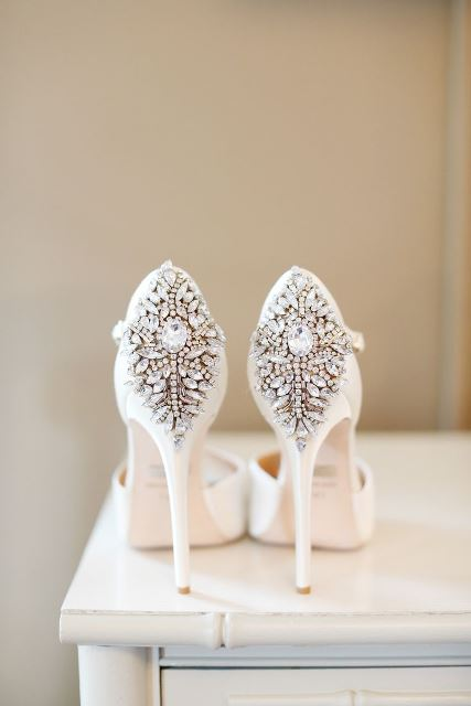 12 Sparkly Wedding Shoes That Will Add Extra Bling | New Love Times