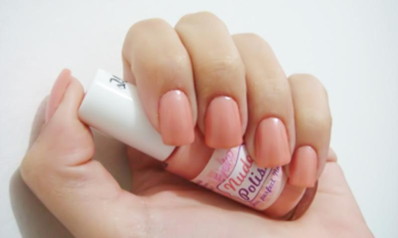 glossy nail polish