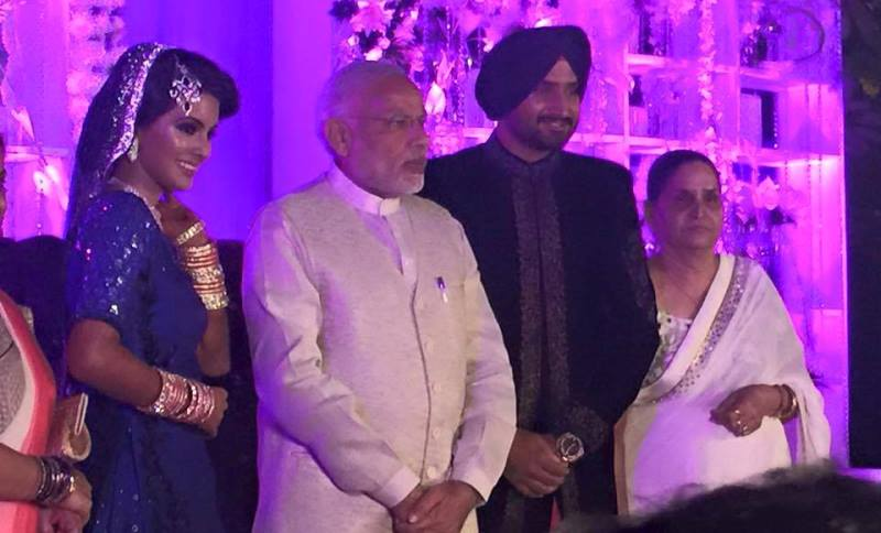 narendra modi with the newlyweds