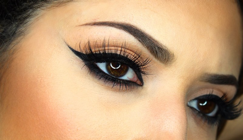 winged eyeliner_New_Love_Times
