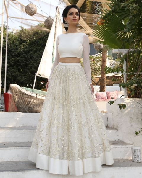 12 Gorgeous Looks For The Indian Bride In White New Love Times - White Indian Wedding Dress