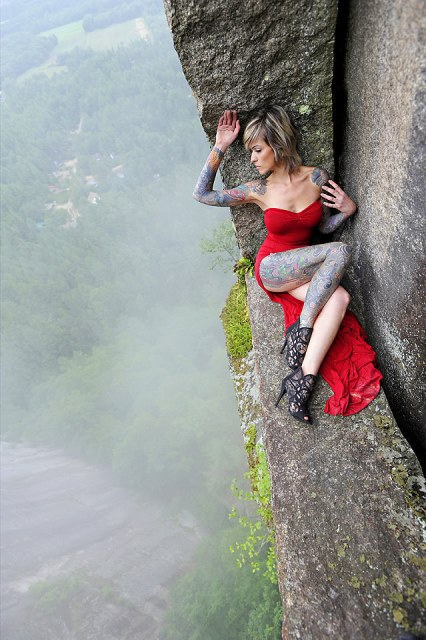 jay philbrick extreme cliff photo shoot_New_Love_Times