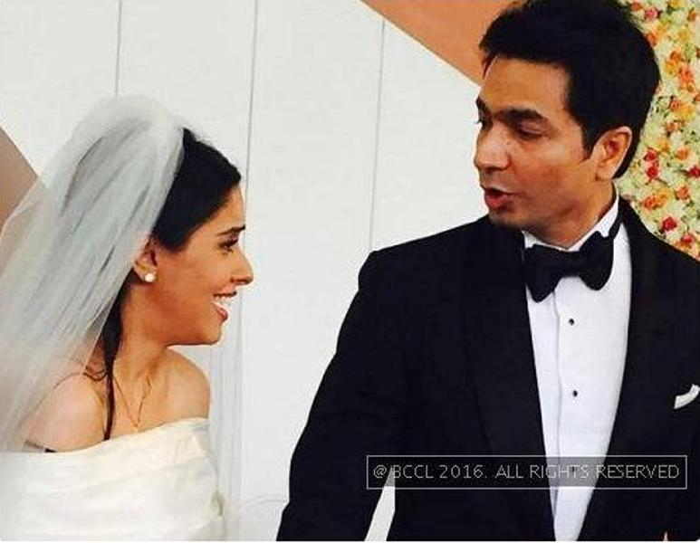 Asin wedding_New_Love_times