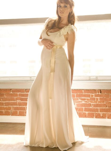 wedding dresses for pregnant brides_New_Love_Times