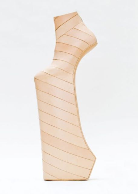 strange shoes_New_Love_Times