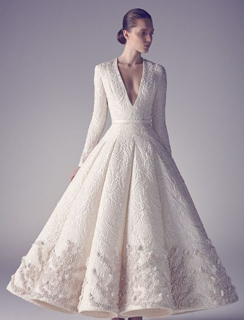 15 stunning winter wedding dresses for a white wedding winter wedding dressesnewlovetimes junglespirit Gallery