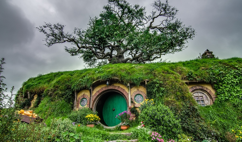 girls holiday hobbiton, new zealand_New_Love_Times