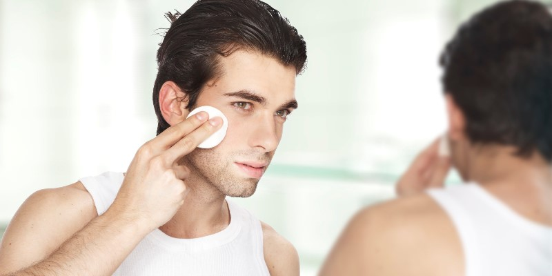 man cleansing face_New_Love_Times