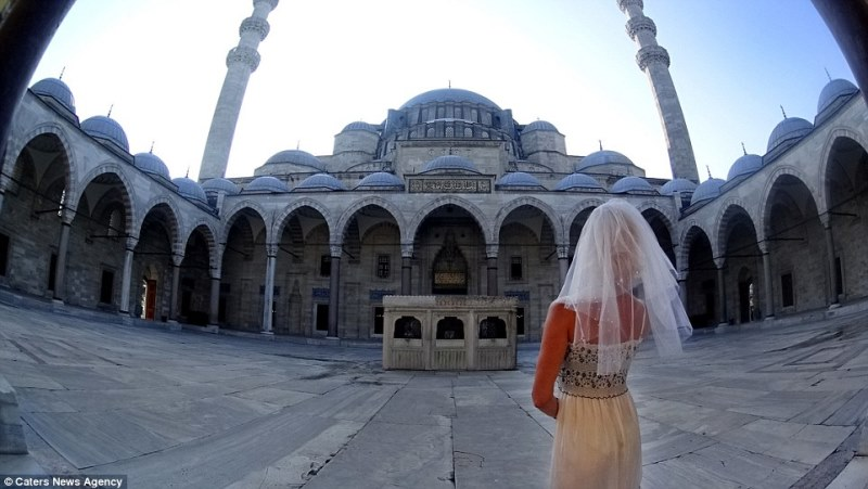 pavlina in front of sultan ahmed mosque, istanbul, turkey_New_Love_Times