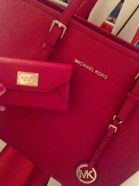 red handbags_New_Love_Times