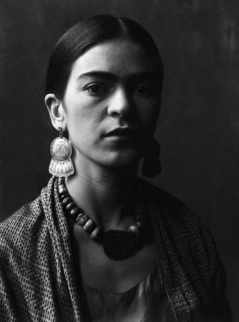 Frida Kahlo_New_Love_Times