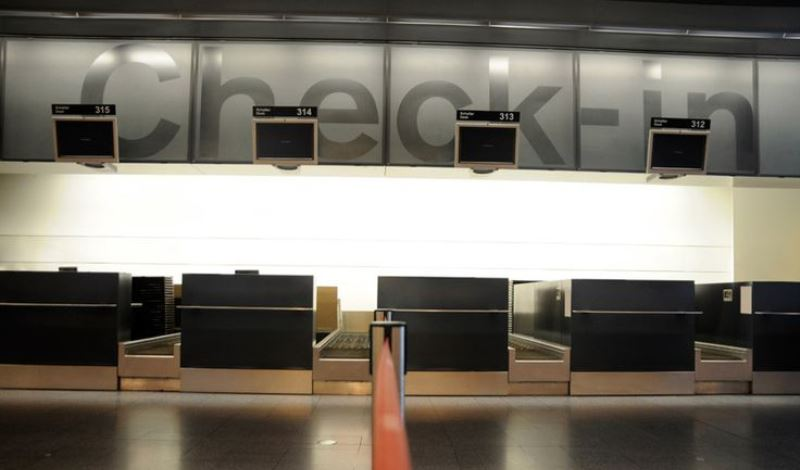 airport check in desk_New_Love_Times