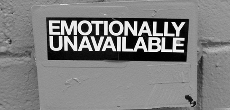 emotionally unavailable husband_New_Love_Times