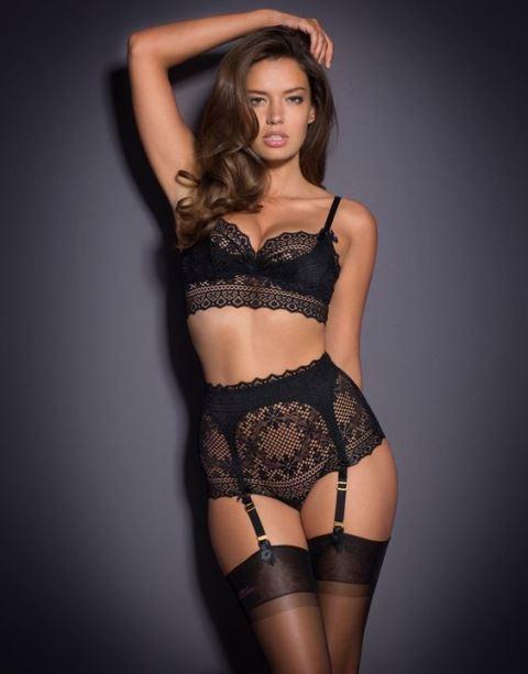 black lingerie_New_Love_Times