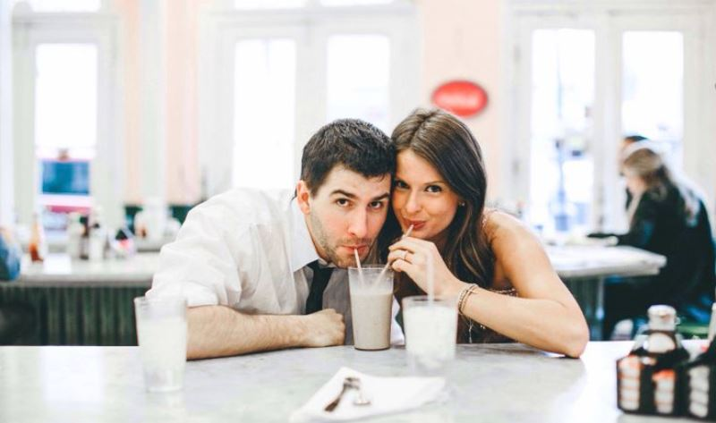 10 Things To Know About Dating An Extrovert