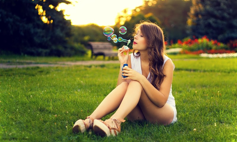 woman blowing bubbles_New_Love_Times