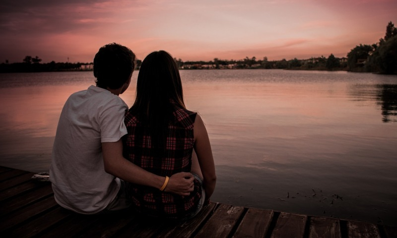 couple-1209790_1280
