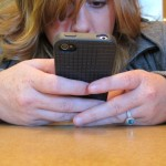 9 Adverse Social Media Behaviors That RUIN Your Relationship