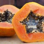 10 Amazingly Useful And Easy Homemade Papaya Face Mask Recipes