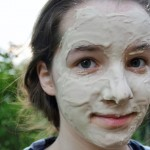 13 Superb Fuller's Earth Face Mask Recipes For Beautiful, Soft Skin