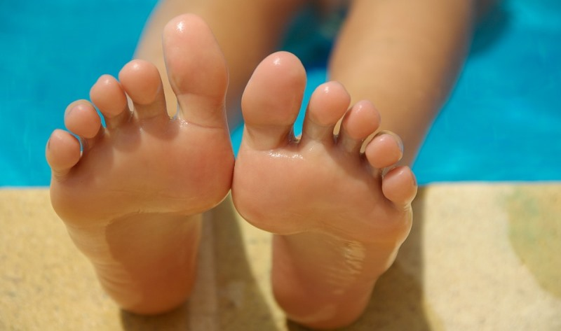 home remedies for burning feet_New_Love_Times