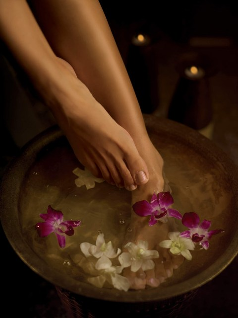 foot spa soaking_new_love_times