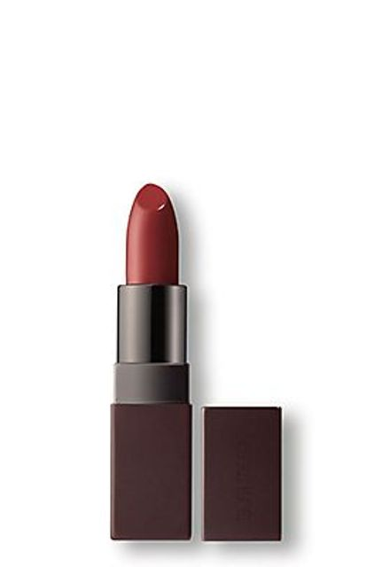 how to wear dark lipstick_new_love_times