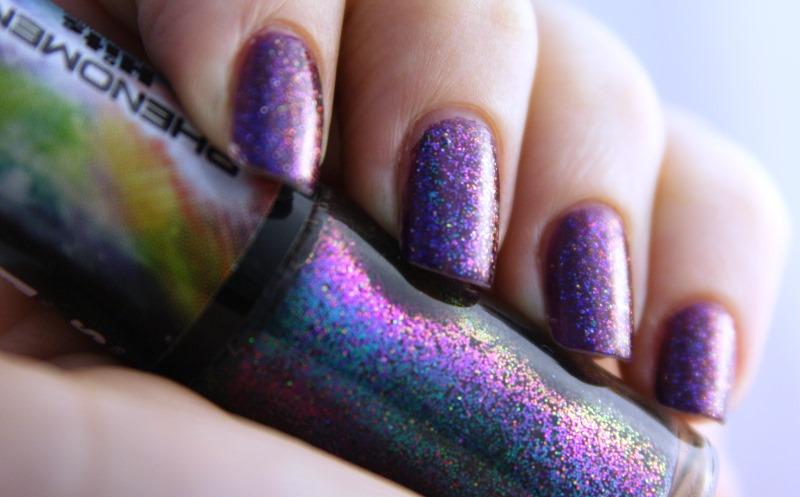 purple nail polisj