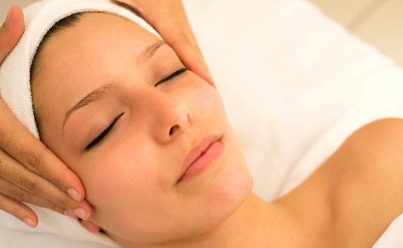 facial massage_New_Love_Times